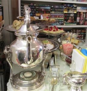 BOB - English Tea Service 2015
