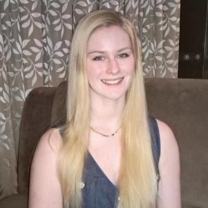 Author Scarlett Van Dijk