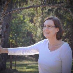 Author Mirren Hogan