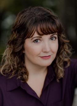 Author Jennifer Arntson